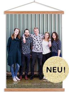 Textilposter mit Latten Freunde in Farbe